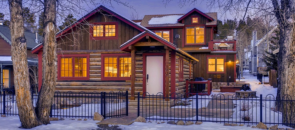 5 bedroom contemporary self-catered or catered ski chalet Breckenridge