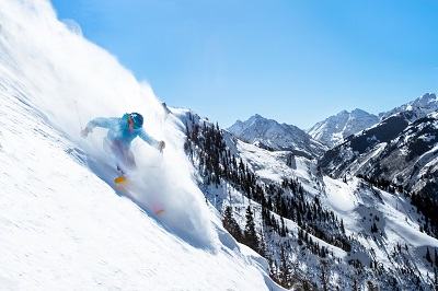Expert skiing at Aspen Snowmass ski resort America