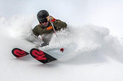 Fat powder skis for skiing in powder USA