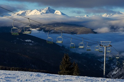 How many lifts does Vail ski resort have Mount of holy cross view