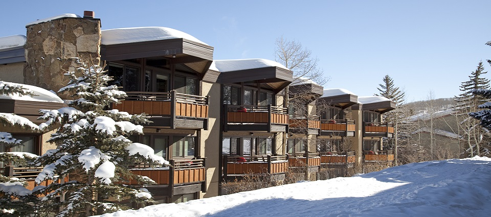 Laurelwood Aspen Snowmass ski in ski out studio apartments Colorado USA