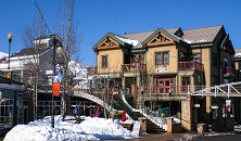 Lift Lodge Park City ski in ski out apartments USA listing