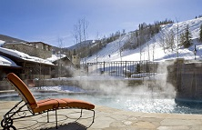 Lodge Tower Vail ski holidays in self-catered apartments listing