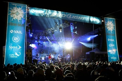 Nightlife in Vail Snowdaze live music concert
