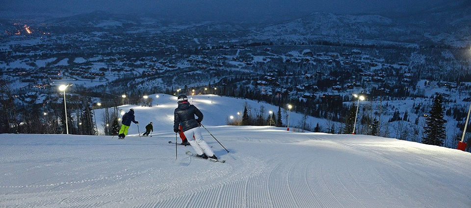 Steamboat ski resort snow holidays USA
