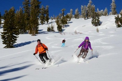 Tips for skiing in powder snow Colorado
