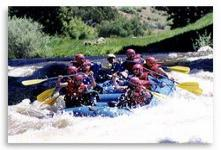 Rafting & kayaking for summer holidays in colorado mountains
